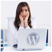 wordpress-logo-on-laptop